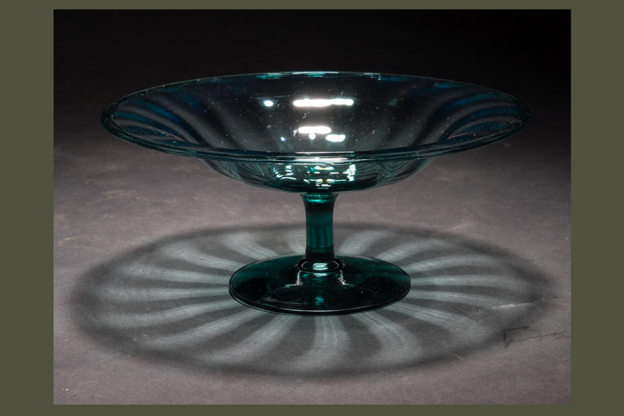 Steuben glass original 1930s turquoise glass art deco for Objet deco turquoise